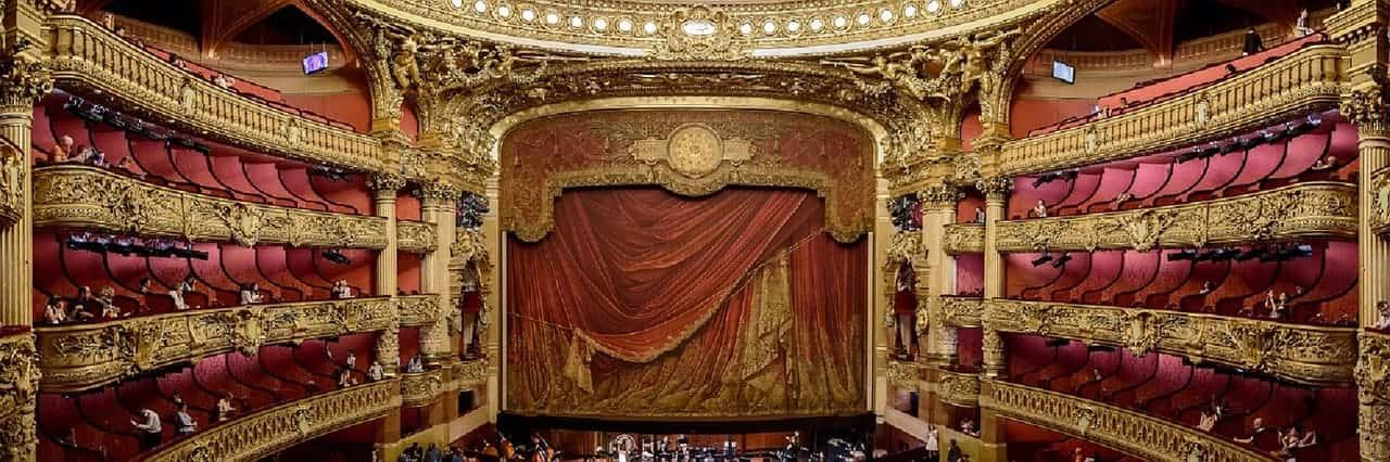 Виртуальный тур по театру